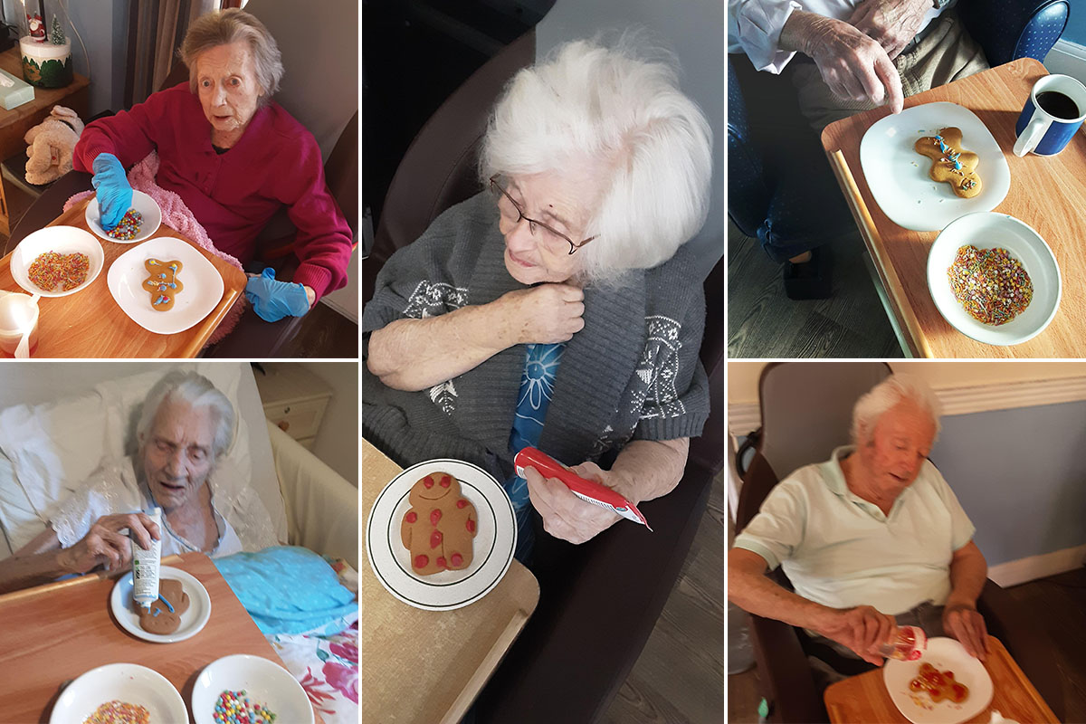 Elfie selfies and gingerbread men at St Winifreds Care Home